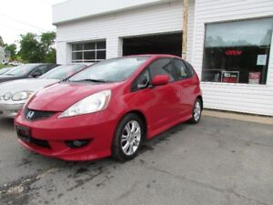 2009 Honda Fit AUTOMATIC! AC! POWER OPTIONS! FINANCE NOW!!
