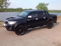 2012 TOYOTA HILUX D/C 3.0 D4-D INVINCIBLE AUTO 4X4 BLACK ** ONE OF A KIND!!! **