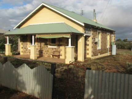 Three bedroom bluestone bungalow on three acres Orroroo Orroroo Area Preview
