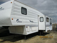 27 ft Salem 5th Wheel By Forest River