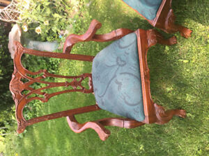 CHIPPENDALE MAHOGANY SOLID WOOD ANTIQUE CLAW FOOT CHAIR SET OF 4