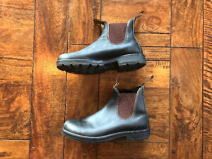 Blundstone Boots in Stout Brown - Size 8.5 AUS, 9.5 US