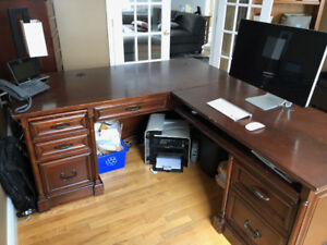 L-Shaped Desk (Solid Wood)