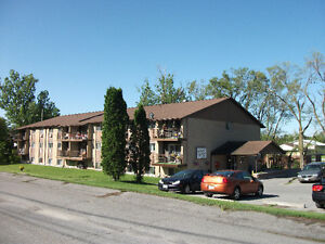 Stirling SENIORS 2-2 Bdrm apartments available now