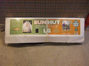 Complete Indoor Grow System including SUN HUT LG
