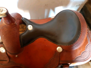 """16"""" billy cook roping saddle with quarter horse bars"""