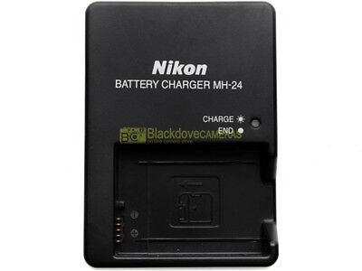 Caricabatterie Nikon MH-24 per batterie Nikon EN-EL14a. ORIGINALE. Con scatola
