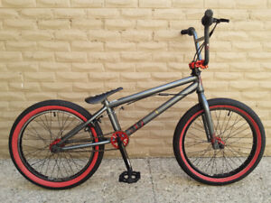 BMX MIRRACO 2014, LIKE BRAND NEW, A LIGHT AND EXCELLENT BIKE