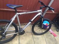 mountain bike Mongoose xlarge tyax aluminium frame.