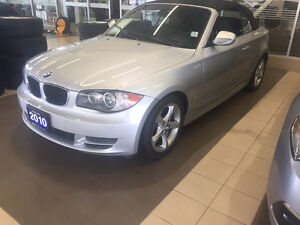 2010 BMW 128i cabriolet / convertible