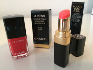 CHANEL - THE SPRING LONGWEAR NAILPOLISH WITH MATCHING LIPSTICK