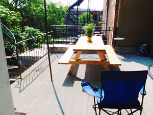 250sqft+ 6 1/2. 15min from downtown Montreal. Next to canal