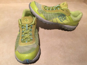 Women's Columbia Techlite Running Shoes Size 9.5 London Ontario image 5