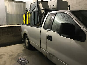 2005 Ford F-150 Pick up Coupe (2 door)