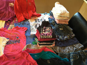Large lot of girls clothing size 4 Windsor Region Ontario image 5