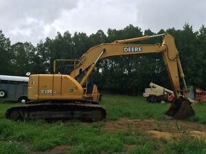 John Deere 225clc for lease, rent or sale.