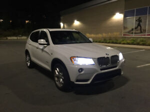 2013 BMW X3 28i x-drive with aftermarket warranty!