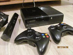 XBOX 360, Kinect, 2 manettes et jeux