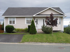 Immaculate Bungalow w/ ocean view $289,900 MLS®1154717
