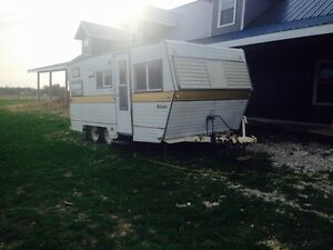 Lislet 18' camper for sale