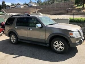 2006 Ford Explorer, 7 seater, automatic, 4.0 lt engine