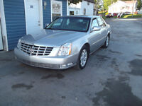 2006 Cadillac DTS FULLY LOADED!!! LOW KMS!!!!!!!!