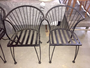 4 Antique Iron Outdoor dining chairs