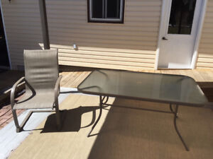 Huge Sale! Patio table with 4 chairs!