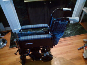Chaise roulante pliable / Wheel chair foldable AirGo