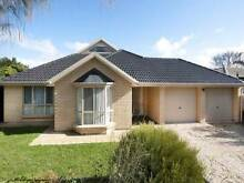Three rooms available in clean, modern sharehouse Hackham West Morphett Vale Area Preview
