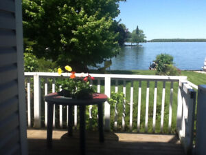 Waterfront - Portland , Ontario $850 utilies included
