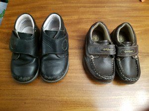 2 pairs of toddler size 7 shoes