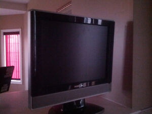15 inch TV for sell