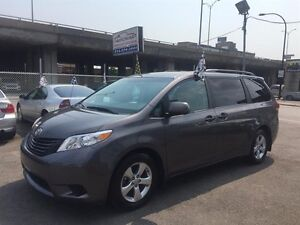 Toyota Sienna 5dr V6 7-Pass FWD 2013