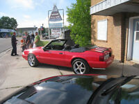 1993 Ford Mustang black Convertible $750 OBO
