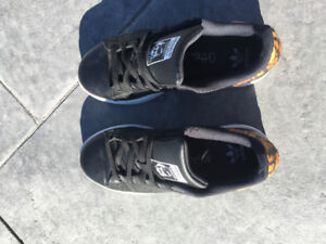 Black and Cheetah Stan Smiths Size 5.5