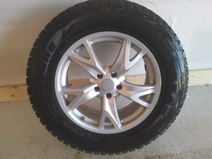 Infiniti FX35 winter Blizzak tires and alloy rims