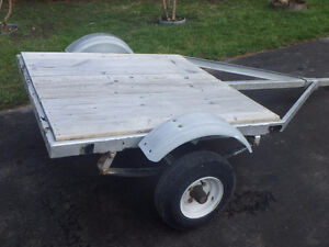Small flat-bed trailer