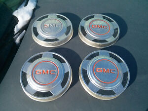 GMC HUB CAPS - VAN OR TRUCK London Ontario image 1