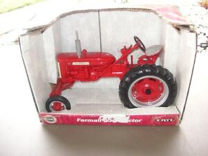 FARM ALL DIECAST TRACTOR
