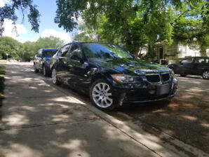 BMW 325i Sport excellent condition, lady driven low kms