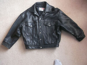 leather jacket ,medium like new, indian,motorcycle company