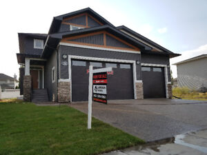 20 Lundberg Crescent Fully Finished with Triple Car Garage