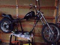 Shovel head rolling chassis