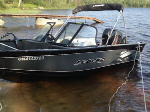 2014 Legend Xtreme with 90HP. ONLY 40.9 hours!!