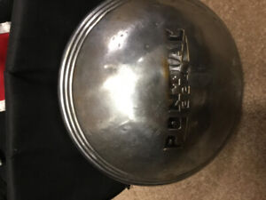 Looking for 1937 Pontiac parts side lens for tail lights,hupcaps