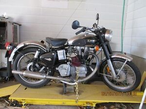Enfield Bullet Deluxe 500cc