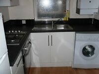 beautiful 1 bedroom flat in heart of edgwer NW9 £265 per week available now