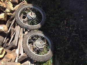 kit de roue et pneu motocross  YAMAHA