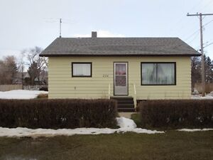 VERY NICE HOUSE FOR SALE THEODORE SK